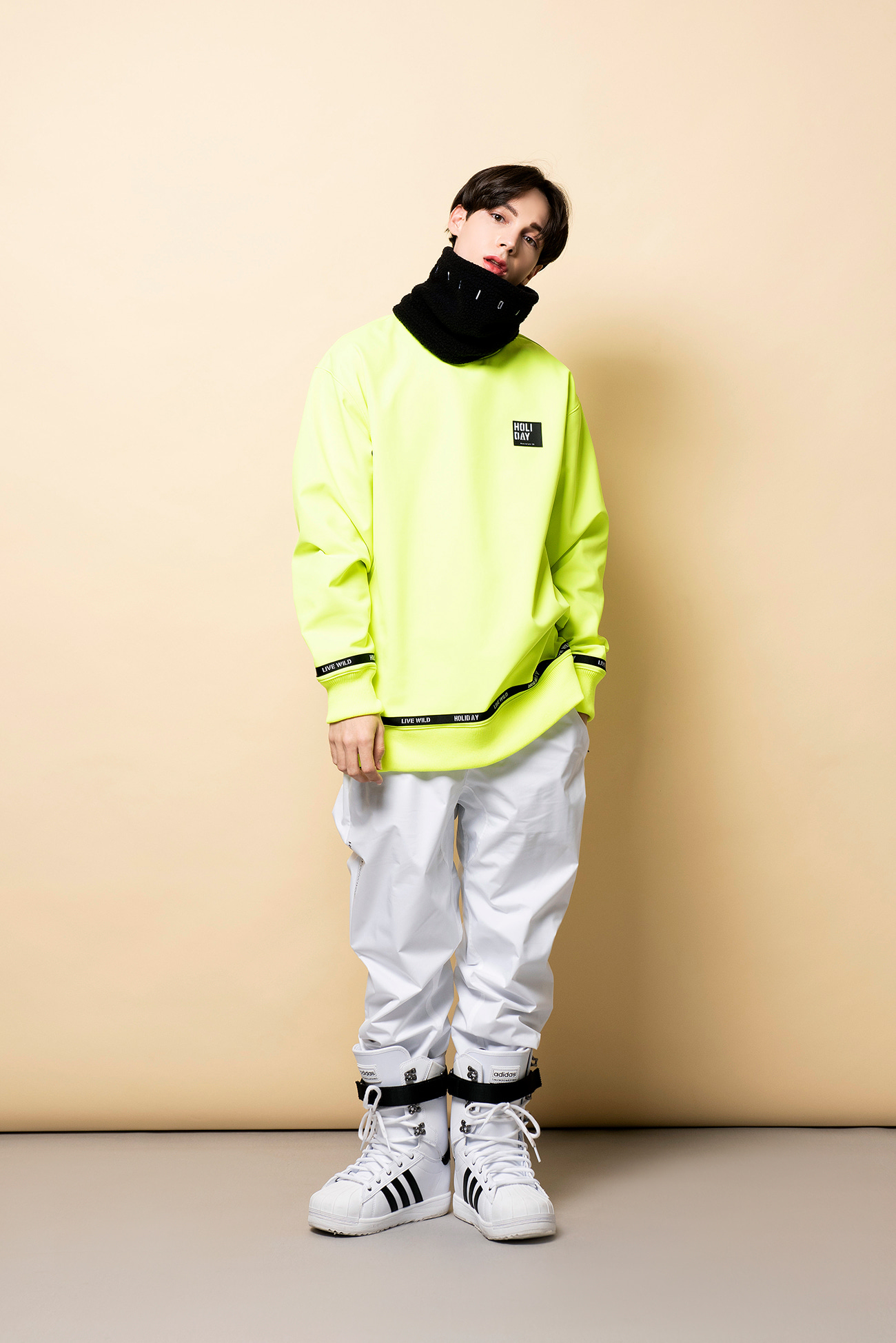 DOPE crewneck - neonHOLIDAY OUTERWEAR