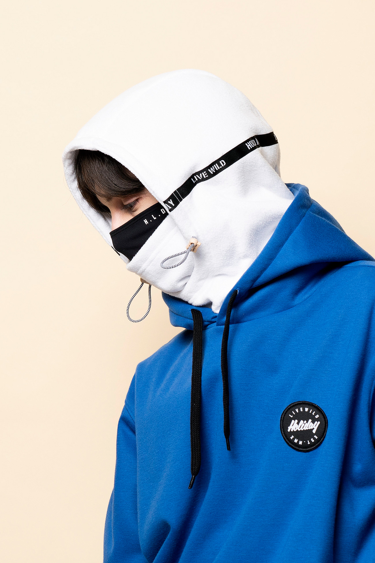 WARP hood warmer - whiteHOLIDAY OUTERWEAR