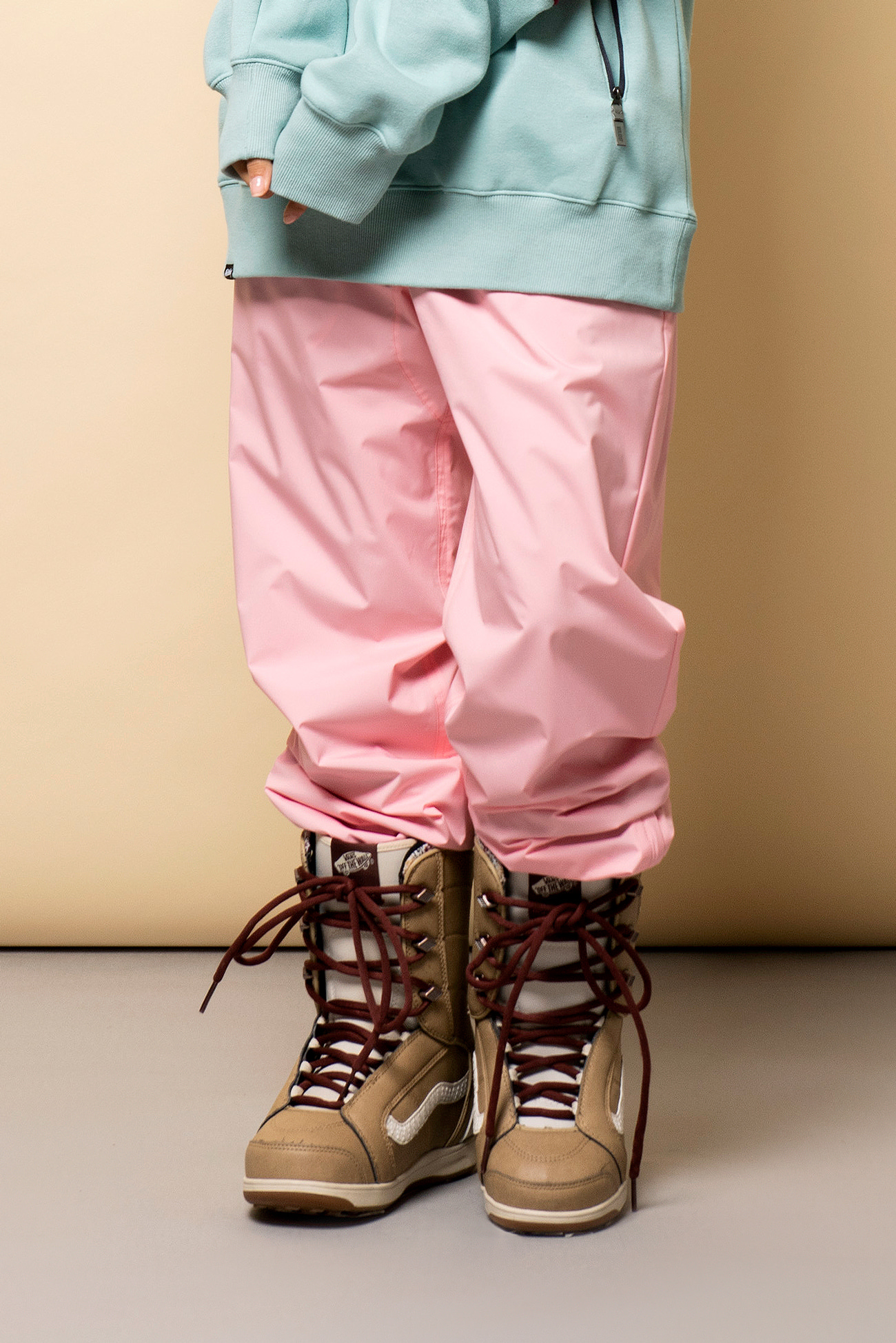 STEEZY jogger pants - pinkHOLIDAY OUTERWEAR