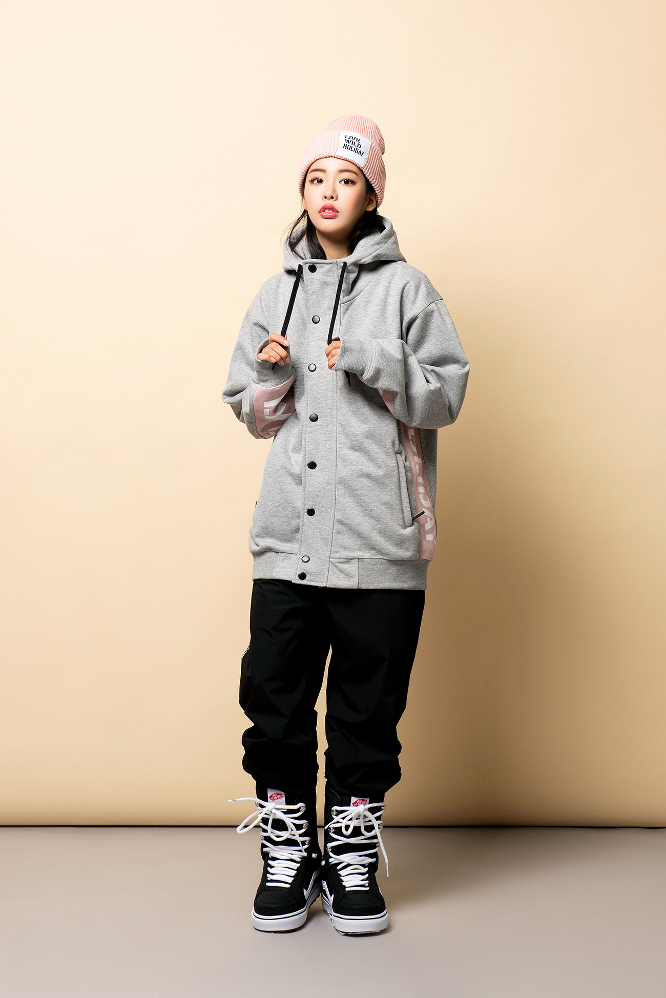 PLAYER waterproof hoodie jacket[방수집업자켓] - melangeHOLIDAY OUTERWEAR